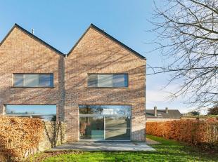 """Perfect instapklare en energiezuinige """"Kwadraat""""woning met 4 slaapkamers, garage en stadstuin gelegen op wandelafstand van het centrum van Herent, Leu"""