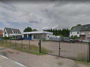 Commercieel gebouw te koop te Herent. <br /> <br /> Het gebouw heeft een oppervlakte van ±450 m² op een grond van 16 are en biedt enorm ve
