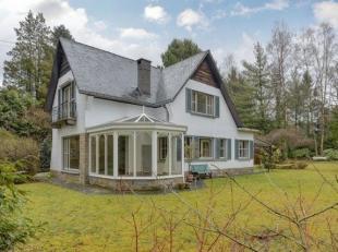 Wij hebben het genoegen dit pand voor te stellen op een toplocatie in Keerbergen. Deze villa uit 1962 bevindt zich op een grond oppervlakte van 23,7 a