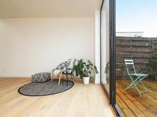 CONTACT Simon via 0498/123.708 of simon@vicusvastgoed.be<br /> In de Steenakker vinden we momenteel 3 net gerenoveerde appartementen te koop! Gelijkvl