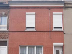 PARFAIT ETAT - Accès 2 rues 170m² habitables 4,55 ares, 3/6 ch., garage et jardin -Terrain à bâtir à l'arrière.