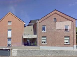 Het appartement is centraal gelegen, heeft een mooie indeling en afwerking. - LIFT !  VRIJ OP 01/02/2019 !!!<br /> Indeling :<br /> -1 : kelder + park