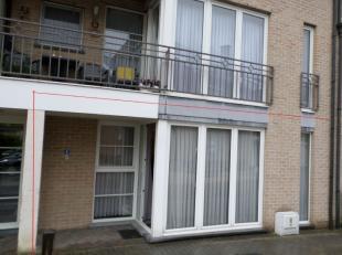 Gelegen in het centrum van Munsterbilzen, in een éénrichtingsstraat en aan het Europapleintje, geniet dit appartement van rust. In de pr