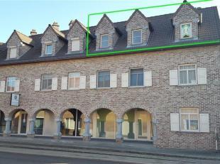 """MUNSTERBILZEN<br /> Dit ruim appartement is gelegen op de Munsterbilzenstraat in Residentie """"De Klok"""" op het tweede verdiep.<br /> Het bestaat uit een"""