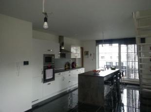 BILZEN - MEREM<br /> In het rustige Merem hebben we dit prachtig duplex-appartement te huur met inkomhal, gastentoilet, ruime living met open keuken v