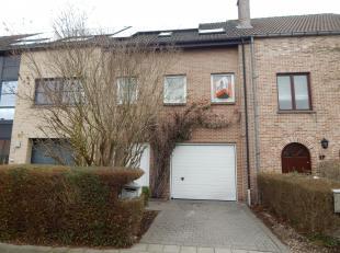 Goed gelegen bel-étage woning gelegen in rustige residentiële buurt nabij centrum Vilvoorde en met vlotte<br /> verbinding naar Ring, E40,