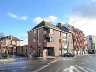 Kantoorruimte op een ideale locatie centrum Leuven. Op het gelijkvloers is er 160m2 bruikbare vloeroppervlakte tevens ingericht als advocatenkantoor.