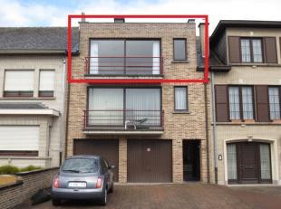 STER Immobiliën biedt u een 2-slaapkamer appartement gelegen op de 2de verdieping aan. Het appartement is gelegen nabij het centrum van Ninove en