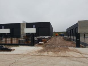 Deze industriële ontwikkeling RIETKOLK is DE OPLOSSING VOOR KMO'S EN KLEINE ZELFSTANDIGEN die zich op een strategische locatie in Overpelt ( gron