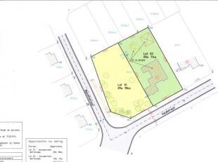 Bouwgrond van 9a98 (lot 1) voor open bebouwing gelegen in een residentiële wijk op de hoek van de Veldstraat en de Burchtstraat.<br /> Bestemming