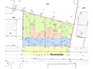 Bouwgrond van 4a07cavoor een HOB (lot 1).<br /> Lot 1 is gelegen aande Havenstraat 28.<br /> Voorzijde: 16,88 m<br /> Achterzijde: 17,28 m<br /> Diept