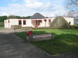 Site te Vorselaar, Sassenhout, 13,met goede bereikbaarheid van E 313 en E 34. <br /> <br /> Kadastrale gegevens: sectie F nr. 60/G, 60/M en 60/L.<br