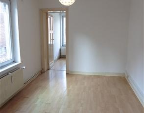 ANDERLECHT / A proximité des commerces et transports en commun, agréable studio de ± 30m² situé au 1er étage d
