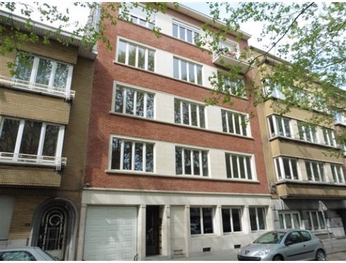 Appartement à louer à Molenbeek-Saint-Jean, € 950