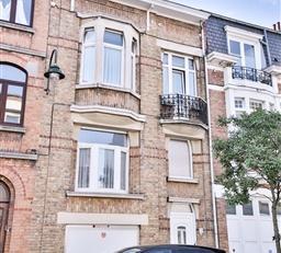 1020 BRUXELLES  Au sein du quartier dit « Pannenhuis », une belle maison ayant conservé son charme dantan, développant une s