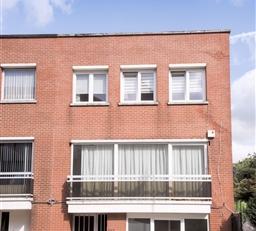 Anderlecht  quartier Willemyns à 100m du Westland Shopping et proche du ring, très belle maison 3 façades datant de 1977 de &plus