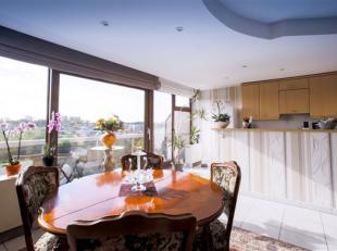 MOLENBEEK-SAINT-JEAN - Quartier Machtens, dans une construction de 2000, spacieux et lumineux appartement de ± 90m² dans un état im