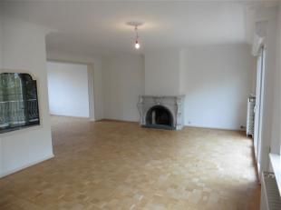 MOLENBEEK / Quartier Kareveld, à deux pas des commerces, transports en commun et écoles, magnifique appartement lumineux de ±125m