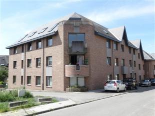 Braine-l'Alleud, quartier Prince d'Orange, proche de toutes facilités, lumineux appartement 2 chambres de 75m² habitables comprenant: hall