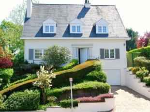 """Rhode-Saint-Genèse, quartier Astrid, dans un environnement calme et résidentiel, magnifique villa de standing """"coup de coeur"""" enti&egrav"""