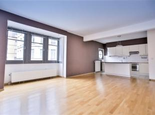 SAINT-JOSSE-TEN-NOODE, limite BRUXELLES, dans une magnifique résidence proche du jardin Botanique, bel appartement 2 chambres de ±90m&su