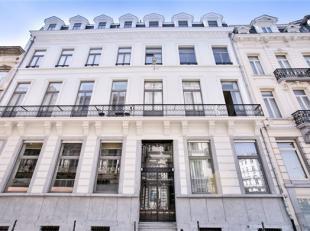 BRUXELLES Centre, dans le quartier historique, splendide loft de ± 270m² habitables en excellent état jouissant de ± 150m&su
