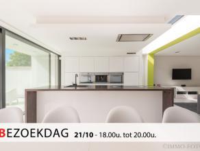 Nabij centrum Lebbeke hebben wij voor u een prachtige, volledig afgewerkte woning op 390 m² in de aanbieding met ca 150 m² bewoonbare opperv