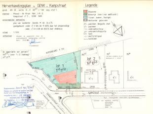 Dit ruime perceel van maar liefst 17a 11ca is gelegen in de rustige Kampstraat te Oud Waterschei. De bouwgrond is geschikt voor 1 open bebouwing of 2
