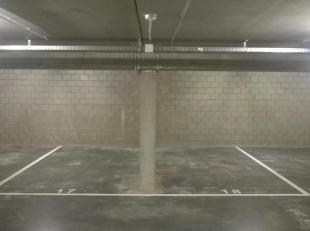 2 staanplaatsen langs elkaar in de bekende nieuwbouwcomplex Hof van Gan nabij Genk centrum. 50 euro per maand per staanplaats. Onmiddellijk beschikbaa