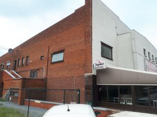 Gelegen in een rustige buurt in Boxberg, treffen we deze ruim te renoveren appartement van +- 160m² met veel potentieel aan. Het appartement met