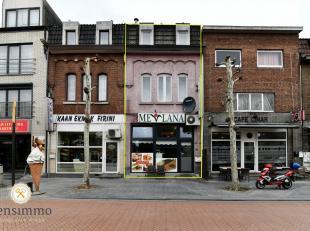 Deze building bestaat uit een handelsgelijkvloers, momenteel verhuurd aan 1.200 euro/maand en een duplex verhuurd aan 650 euro/maand. Met een totale h