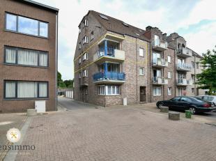 Dit ruim, modern en gerenoveerd appartement met 2 slaapkamers is rustig gelegen te Waterschei-Zwartberg, kortbij alle faciliteiten zoals openbaar verv
