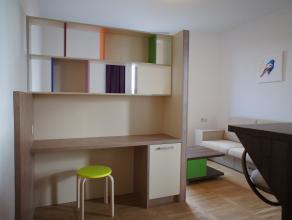 TOP LOCATIE GEMEUBELDE STUDIO VOOR KORTE OF LANGE TERMIJN! <br /> Gemeubelde, moderne, gezellige en lichte studio in een recent vernieuwd gebouw op to