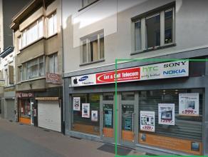 Handelszaak,  POP-UP ruimte van ca. 50m2  op TOP ligging te Jezusstraat, Antwerpen. Eventueel nadien verlengbaar via handelscontract. 4 meter brede et