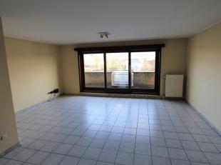 Bezoeken? Telefoneer naar Gertjan via: 0472/06.06.91 Dit appartement is gelegen aan de Portus Ganda vlakbij zwembad Van Eyck. Op minder dan 10 minuten