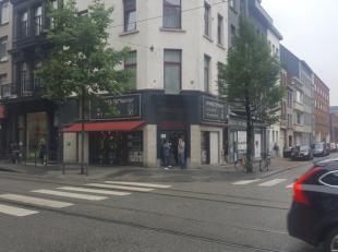 Commercieel hoekpand in hartje Antwerpen te huur                            2000 Antwerpen (2000), Nationalestraat 153