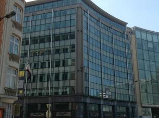 Mooi gerenoveerde kantoren op het Schumanplein, hartje Europese wijk. Makkelijk bereikbaar, zowel met openbaar vervoer als met de auto.