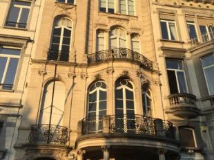 Kantoren te huur in subliem herenhuis aan de Tervurenlaan. Gebouw bestaat uit 5 verdiepingen, met elke verdieping + - 150m² aan kantoorruimte. Lo