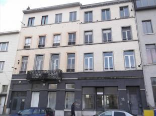 Kantoorruimtes te huur in de Kanaal zone van Brussel, op wandelafstand van de Dansaert wijk. De ruimtes zijn zonet gerenoveerd en zijn beschikbaar aan