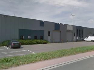 Une unité de PME à louer à Willebroek! Le dépôt a une surface de 720m², une hauteur libre de 6m et une grande p