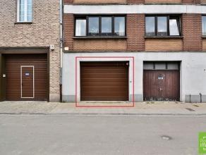 Liège, quartier Saint-Léonard, garage / boxes / garde-meubles fermés doublement sécurisés à partir de 13 m&s