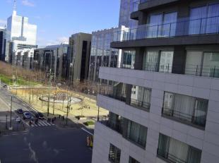 Dit volledig gemeubeld investeringsappartement is gelegen in een perfect onderhouden residentie van 2009 op wandelafstand van de Nieuwstraat, metro Ro