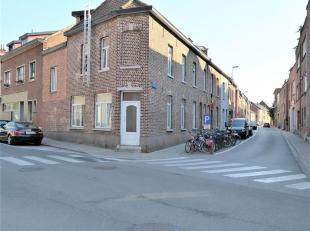 Dit gerenoveerd opbrengsteigendom is  uiterst centraal gelegen in het centrum van Heverlee, vlakbij het Heilig Hartinstituut, alle belangrijke campuss