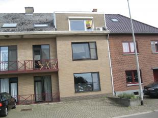 Knus appartement met 2 slaapkamers en achterliggende garage op slechts  5 minuten van Maastricht in de dorpskern van Veldwezelt.Het geheel heeft opfri