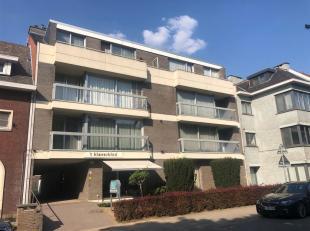 In Hasselt, tussen de grote en kleine ring, ligt dit gelijkvloers appartement met alle comfort. <br /> Op slechts enkele minuten wandelen van Hasselt