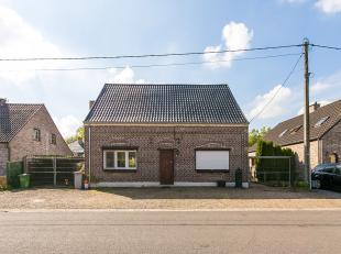 """Welkom in deze charmante woning in de Nijverheidsstraat 67 te As. De woning is gelegen in de rustige en kindvriendelijke wijk """"Zevenhuizen"""", grenzend"""