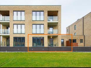 In de hoofdstad van de smaak en op 10 minuutjes van het centrum van Hasselt vinden we dit mooie gelijkvloers appartement met tuin. De Andreas Alenusst