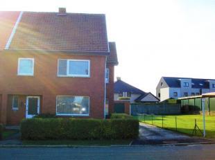Deze woning is gelegen in de Processieweg te Heusden-Zolder. Het huis werd in 1956 gebouwd op een perceel van om en bij de 7a 21ca. De woning werd doo