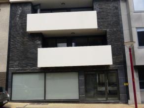 Neerstraat 9, en plein centre de Asse: Appartement duplex deux chambres de 75m² avec une terrasse de 4m² et un parking privé. Nouvell