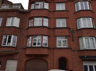 Rue Melpomène 10, face au Parc des muses: Appartement duplex trois chambres de 150m² avec une terrasse de 9m² et deux caves. Situ&eac